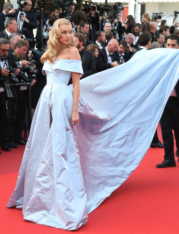 Kopciuszek przybywa do Cannes, czyli Elsa Hosk na czerwonym dywanie (FOTO)
