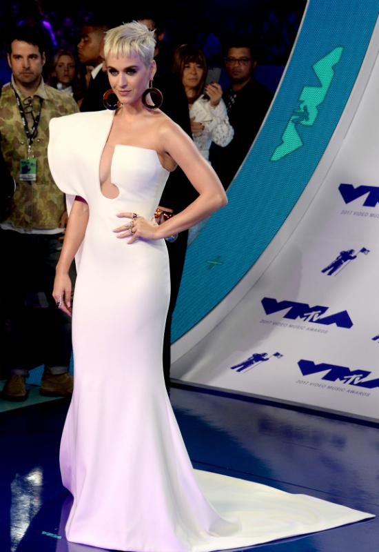 Stylizacje gwiazd na gali MTV VMA 2017: Katty Perry, Nicki Minaj i inni (FOTO)