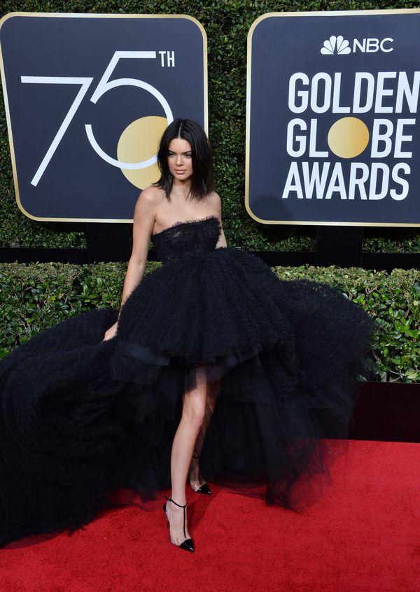 Trądzik Kendall Jenner na językach mediów. Odpowiedź modelki jest MISTRZOWSKA!
