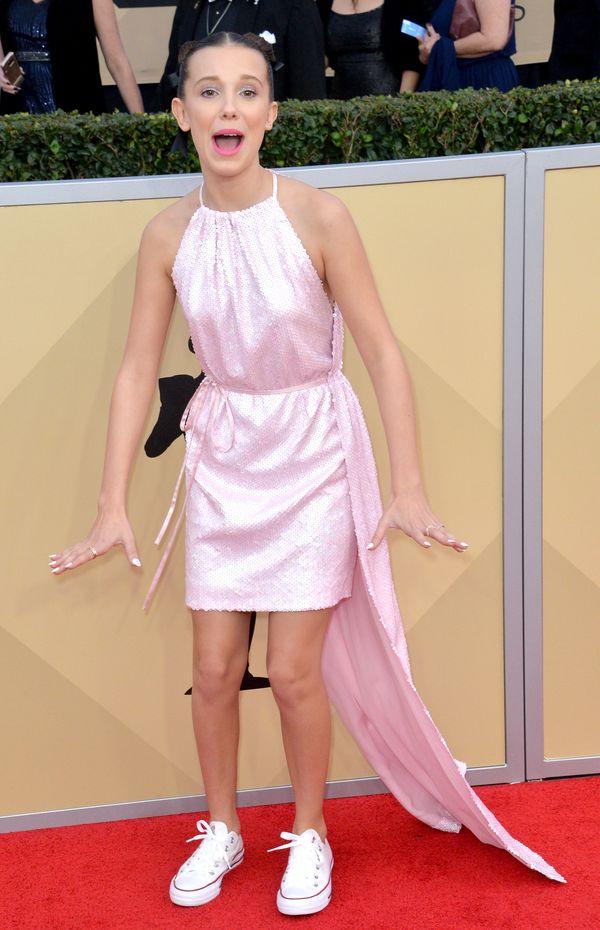 Millie Bobby Brown w końcu wygląda jak czternastolatka! (FOTO)