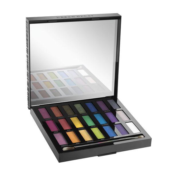 Pomysły na prezenty świąteczne - nowości kosmetyczne - palety cieni do powiek