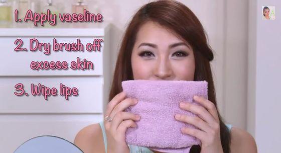 Jak mieć zawsze idealnie nawilżone usta? (VIDEO)