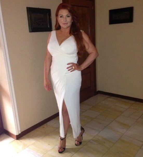 Grycanki w białych sukienkach. Która wygląda lepiej?