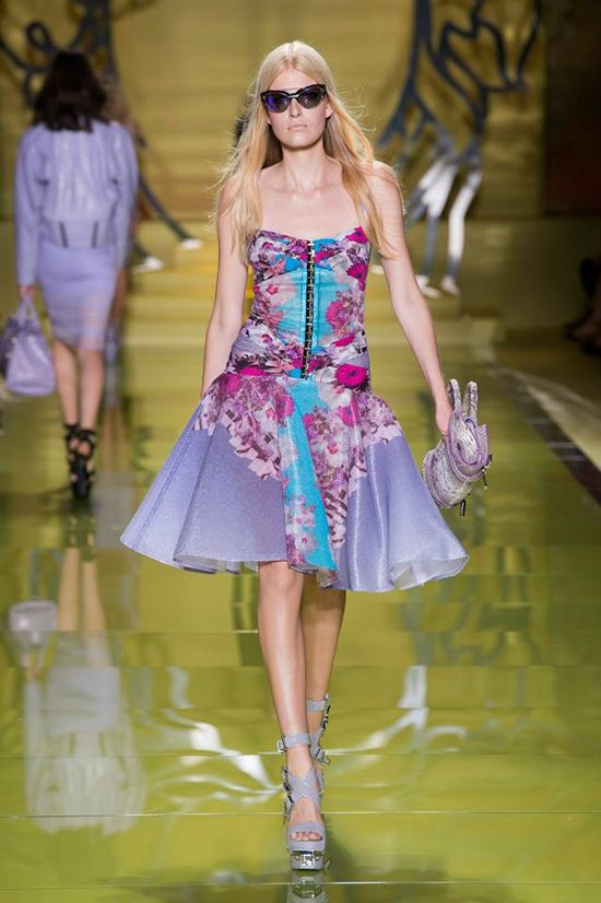 Versace Women's Spring Summer 2014 Fashion Show