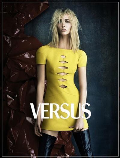 Blond Karlie Kloss w kampanii Versus