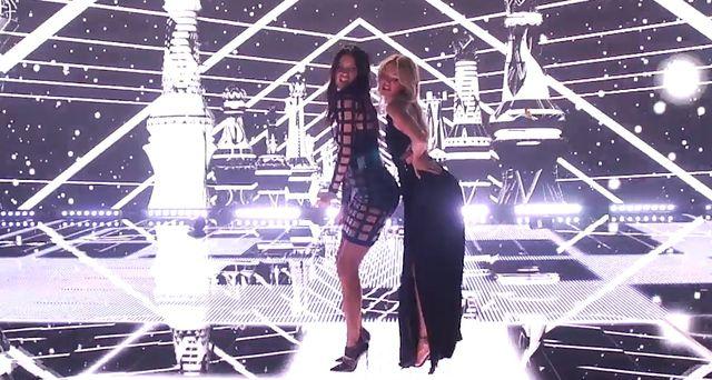 Shake It Off z Aniołkami Victoria's Secret w roli głównej