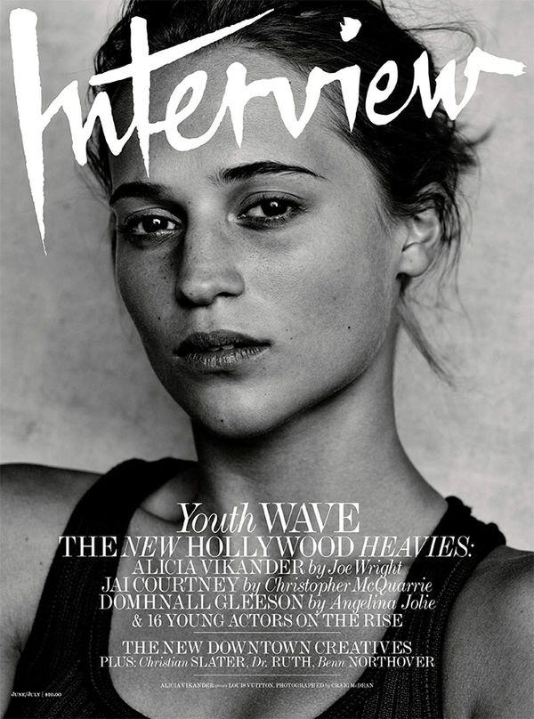 Piękna Alicia Vikander bez makijażu na okładce Interview