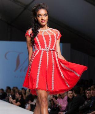 Seksowne i dziewczęce sukienki marki Vilorija