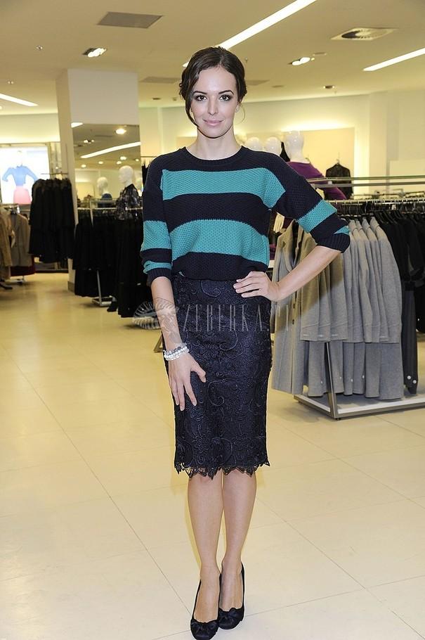 Małgorzata Socha i Anna Wendzikowska w swetrachMarks&Spencer