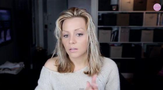Jak wymodelować cieńkie i niedługie włosy? (VIDEO)