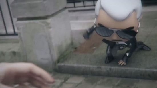 Gra z Karlem Lagerfeldem w roli głównej