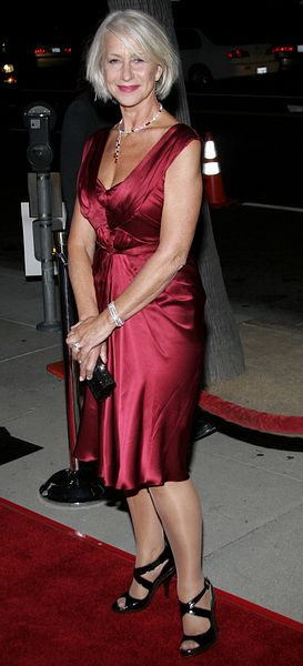Helen Mirren na gali w sukni z promocji