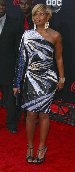 Mary J. Blige w cekinach (FOTO)