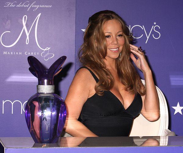 Mimi podczas promocji perfum (FOTO)