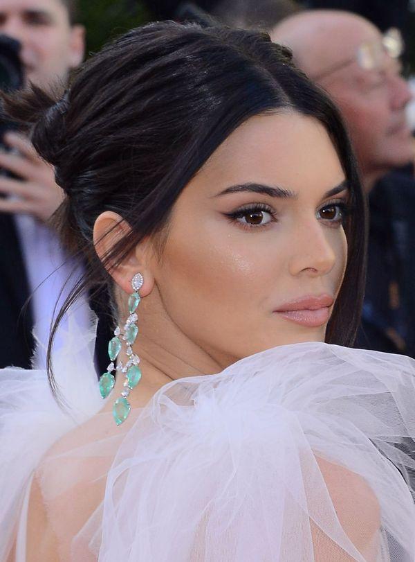 Kendall Jenner i jej perfekcyjna kreska na Festiwalu Filmowym w Cannes!