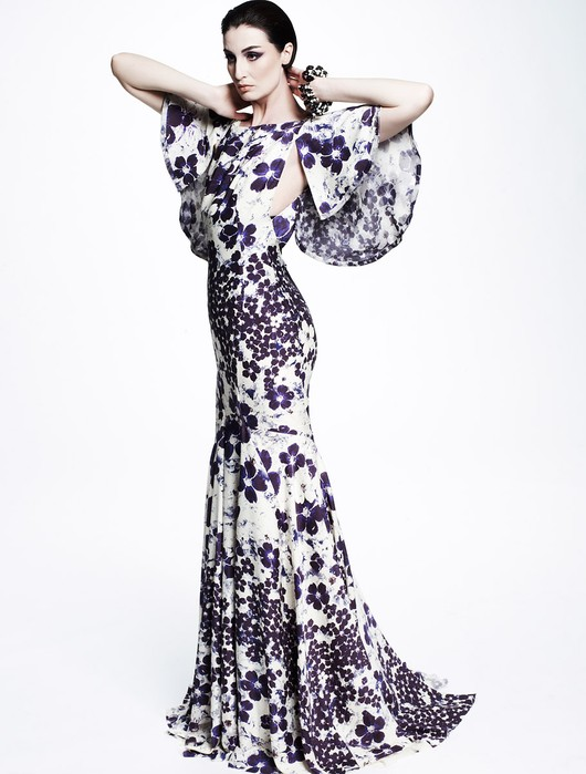 Naomi Watts w sukni w kwiaty (FOTO)