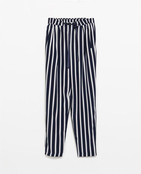 Hit lata - kolorowe, luźne, wzorzyste spodnie (FOTO)