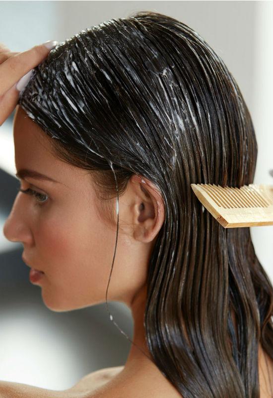 Narzekasz na cienkie włosy? Dzięki tym cennym poradom przestaniesz to robić!