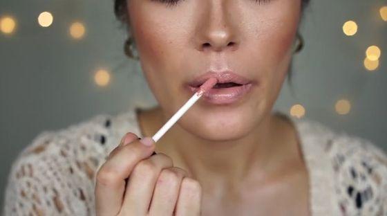 Minimalistyczny makijaż wieczorowy na zimę (VIDEO)