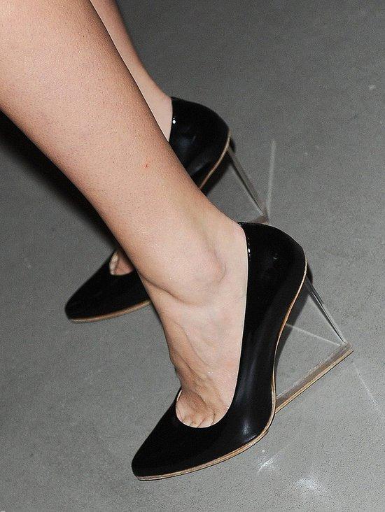 Zosia Ślotała w butach z kolekcji Maison Margiela dla H&M