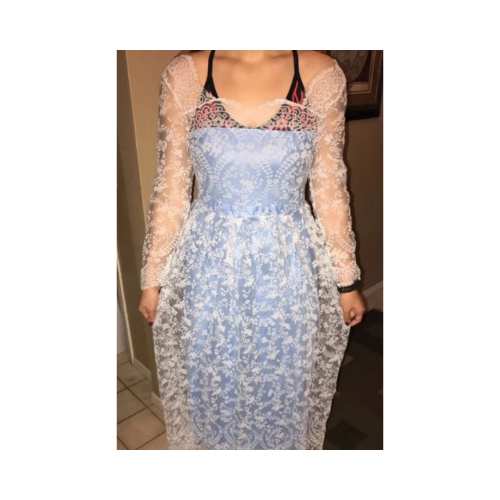 Kupiły sukienki na studniówkę przez Internet. Załamały się, gdy to zobaczyły