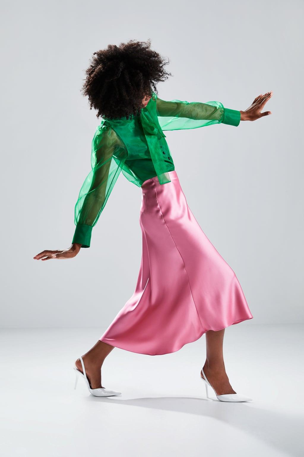 Ta spódnica z Zary to wszystko, czego potrzebujesz, by tego lata wyglądać modnie