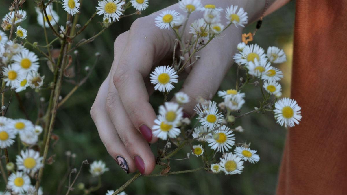 Pielęgnacja pudrem czyli jak działa japoński manicure