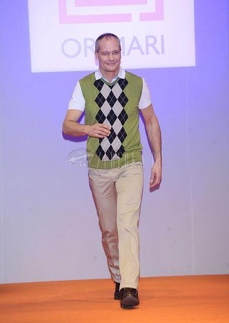 Znani mężczyźni w rolach modeli dla Orimari