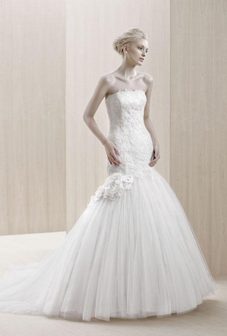 Suknie ślubne Blue by Enzoani SS 2012