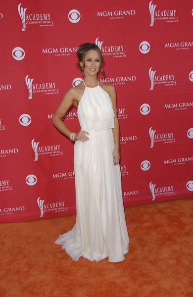 Zwiewna Jennifer Love Hewitt