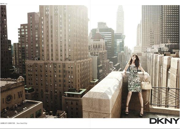 Ashley Greene dla DKNY