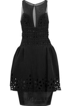 Warstwowa sukienka – droższa i tańsza wersja