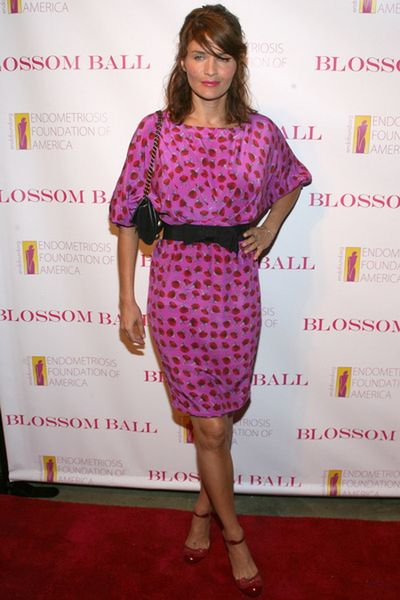 Helena Christensen w różyczkach