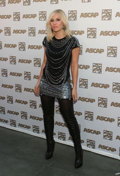 Natasha Bedingfield w sukience Nicole Miller