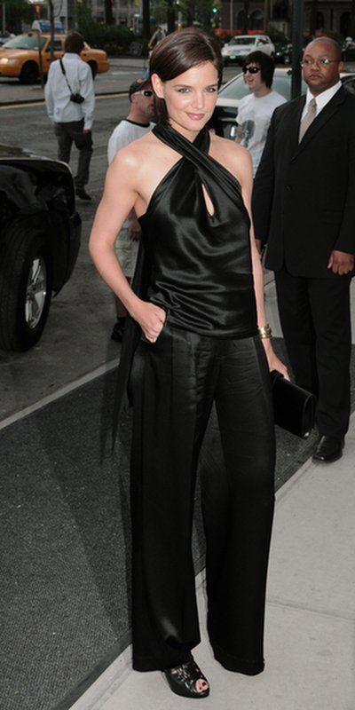 Katie Holmes w czerni od McQueena