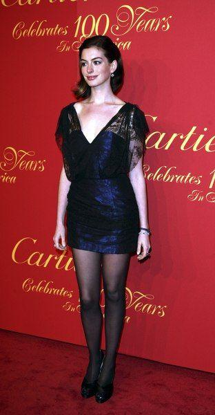 Anne Hathaway wśród diamentów i szafirów