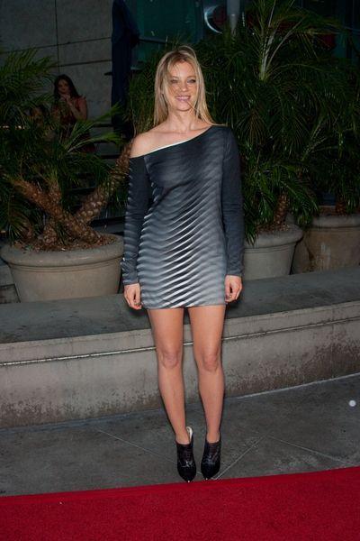 Trójwymiarowa sukienka Amy Samrt