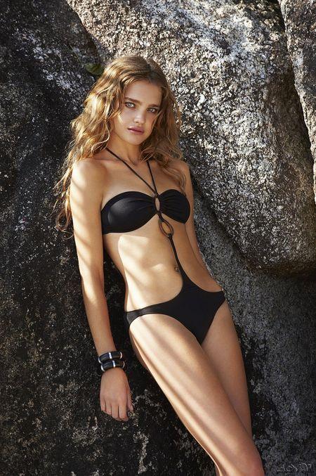 Kostiumy kąpielowe od Natalii Vodianovej