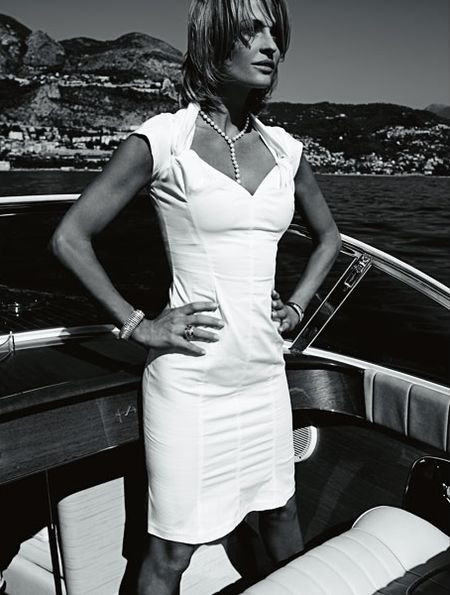 Aneta Kręglicka w kampanii diamentowej Apart