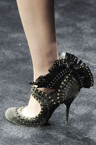 Prada – buty z indyczym ogonem