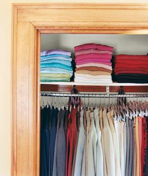 Sposoby na porządek w szafie
