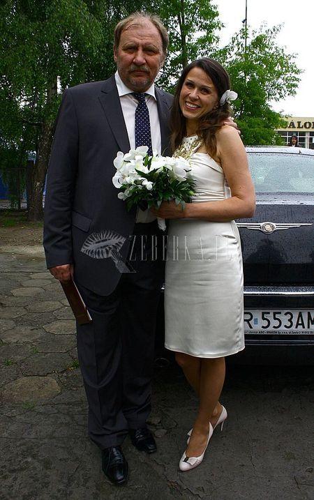 Andrzej Grabowski i Anita Kruszewska: ślub w deszczu