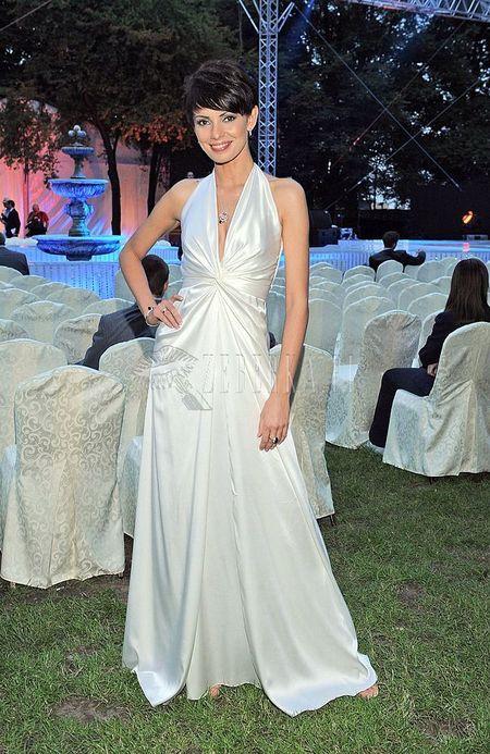 Dorota Gardias cała w bieli
