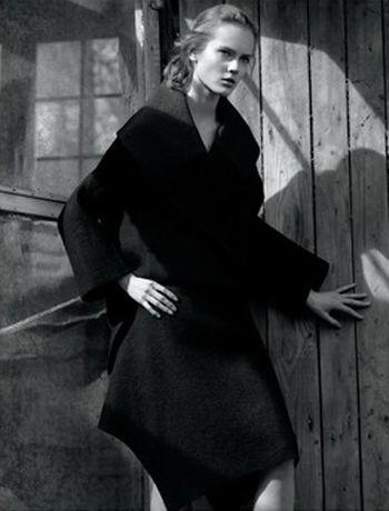 Monika Jagaciak dla Calvina Kleina