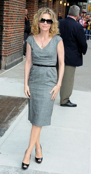 Michelle Pfeiffer: elegancka w szarości
