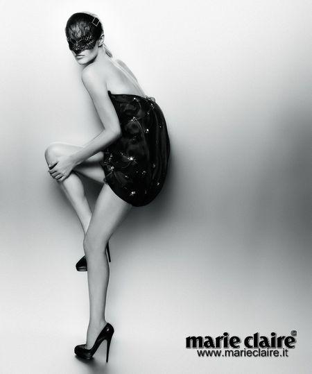 Eva Herzigowa w kalendarzu Marie Claire
