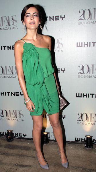 Camilla Belle śliczna w zieleni
