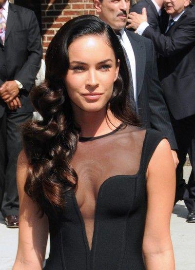 Megan Fox w obcisłej czerni