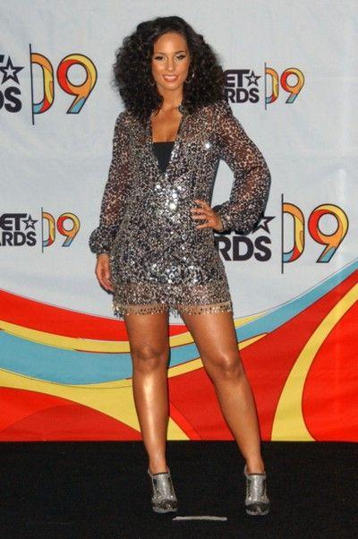 Alicia Keys w sukienkach od Jenny Packham