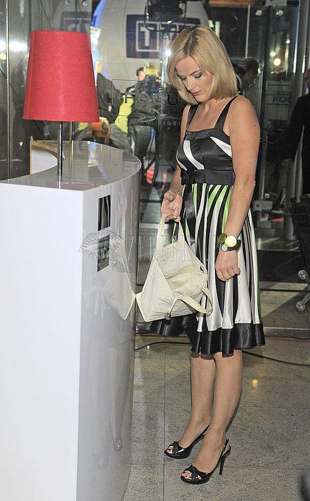 Czarno-biała sukienka Moniki Richardson